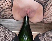 bottle of Champagne insertion
