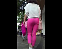 Lady good body on the street