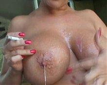 Big tits mature cumplay