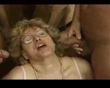 Classic Mature - Granny Clip R20