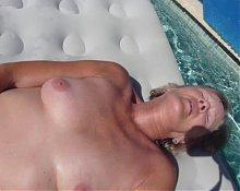 sunny pleasure