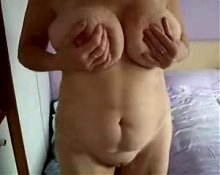 Super stolen video of my gorgeous mature mum !