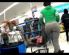Ghetto Black Booty Milf Got A Wedgie!!!