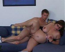 Fuck fat aunt on sofa (by edquiss)