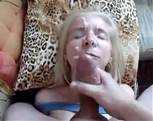 Blonde milf loves facial