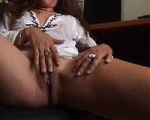 Hot milf masturbation 05